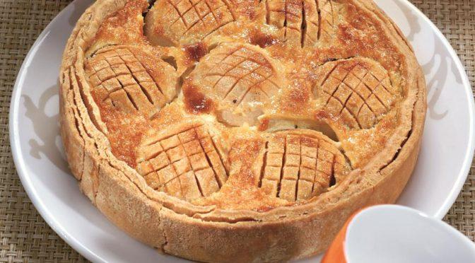 Яблочный пирог в нежнейшей заливке