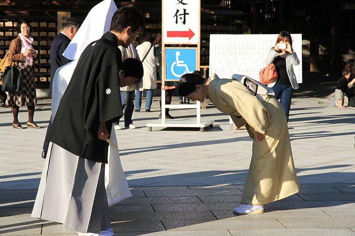 9 японских традиций, которые находятся за гранью понимания обычного человека